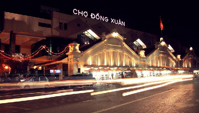 Nhập đồ gia dụng Trung Quốc tại các chợ đầu môi