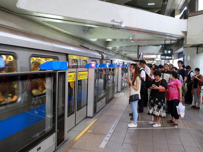 Lưu ý khi đi tàu điện ngầm khi đi du lịch Quảng Châu tự túc
