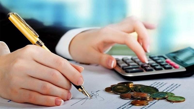 Quản lý về tài chính